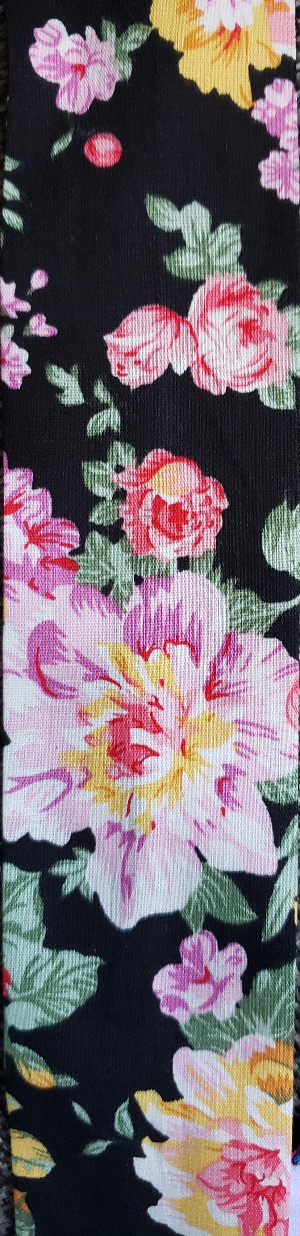 607 Black Bouquet